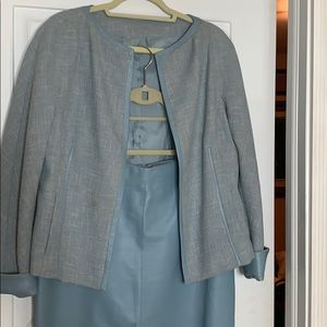 Beautiful Anne Klein Baby Blue Wool & Leather Suit